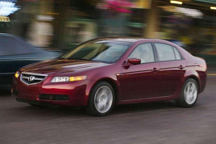 Acura TL 2005-ből: luxus-Accord Amerikából. Ha lenne, jó kis titkos tipp lenne, de nincs