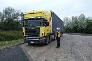 Előzgető kamionosok? Végre lecsaptak a rendőrök