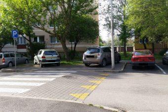 Ma ők versenyeznek a nap bunkó parkolója címért