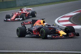 Hét másodpercet gyorsult az F1 az esőben