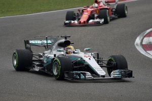 F1: Rosberg gratulált a nagy ellenfélnek