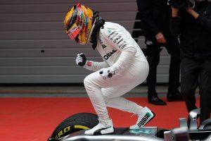 F1: Hamilton Schumachert szorongatja?
