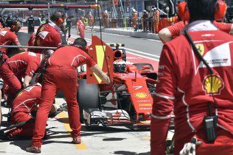 F1: Räikkönen az élen, menet közben esett szét a Force India
