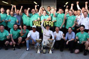 F1: Hamilton ezen a hétvégén csak statisztált