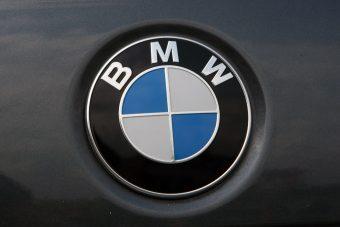 Egyszerűsíti termékpalettáját a BMW, hogy maradjon pénze a kutatásra
