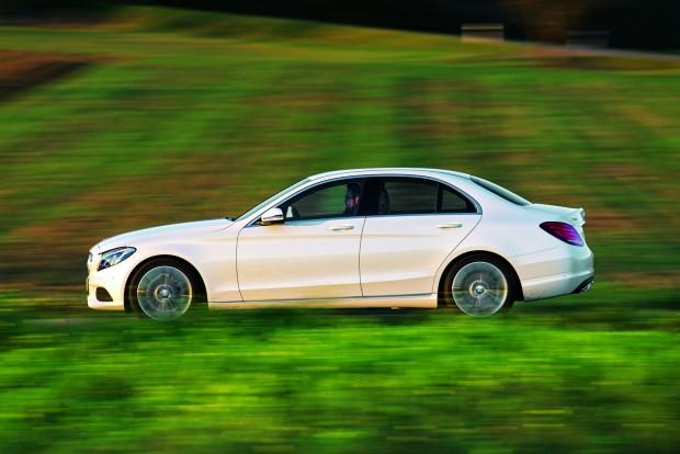Kifinomult hajtás, kiváló komfort, gazdagon felszerelt beltér: igazi Mercedes