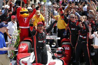 Segítene Alonsónak a volt F1-es Indy-győztes