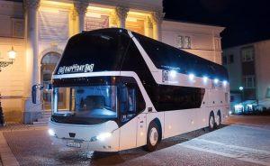 Ezzel a busszal új értelmet nyernek az éjszakai utazások