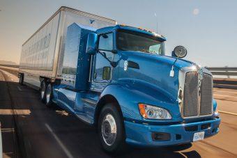 Üzemanyagcellás kamiont tesztel a Toyota