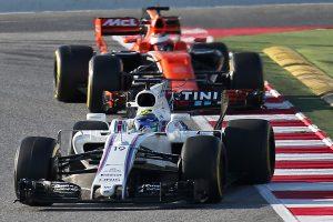 F1: A McLarennek és a Williamsnek drukkol Hamilton