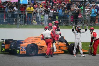 Alonso nem nyert, de a tejet azért megitta