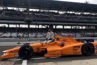 Indy: Alonso továbbjutott, hatalmasat bukott a rivális – videó