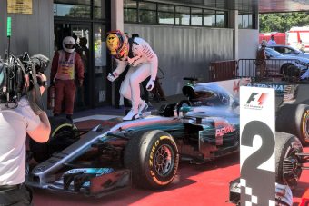 F1: Hamilton a barcelonai párbaj győztese