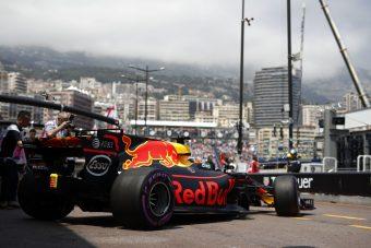 A Red Bull titokban tárgyalt a Forma-1 tulajdonosával