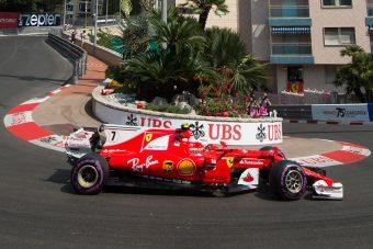 F1: Räikkönen 9 év után a pole-on, Hamilton a 14.
