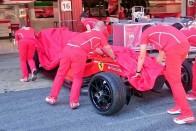 Utcai kerékre tették a Forma-1-es Ferrarit