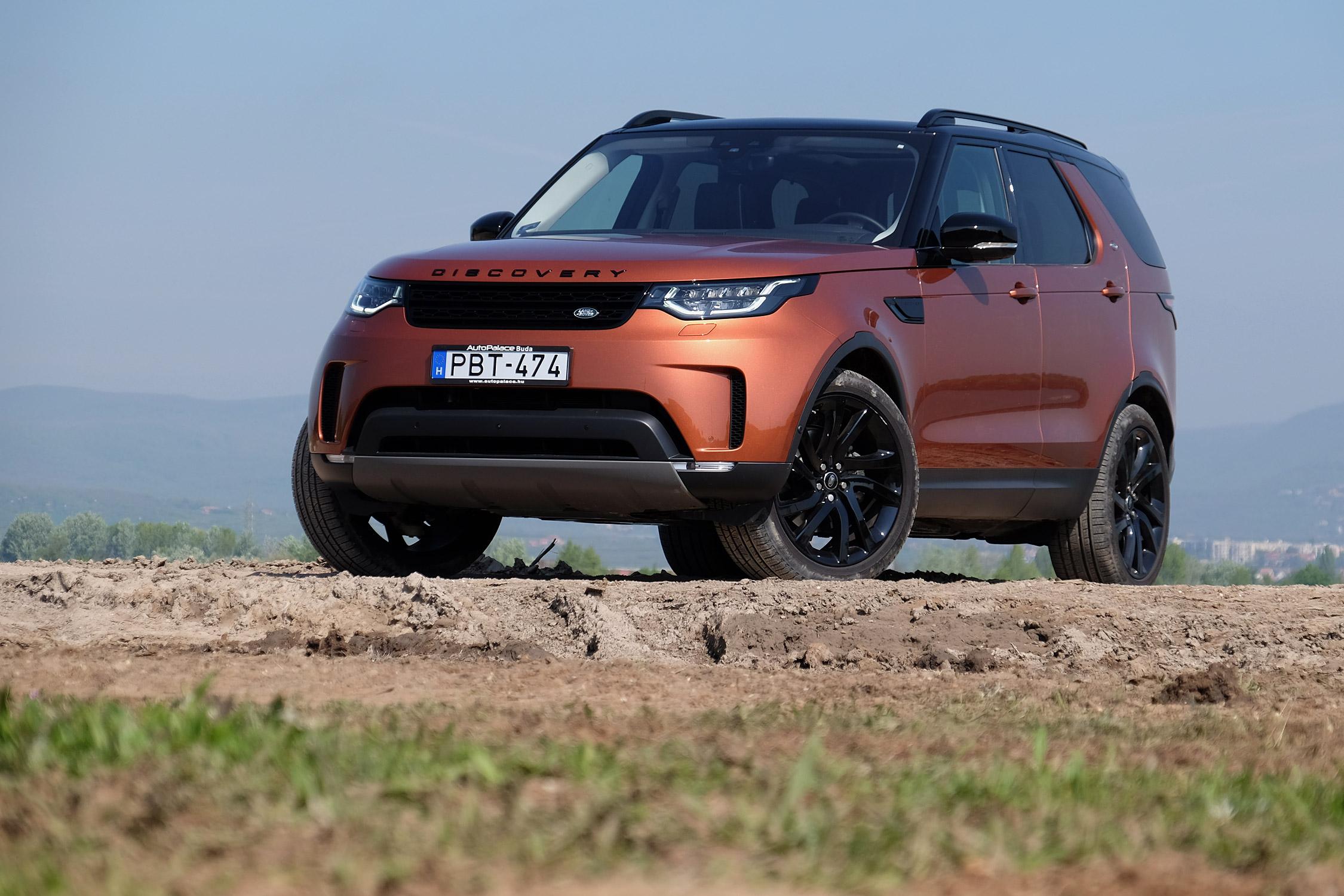 Paradicsom, hét személynek: Land Rover Discovery ?>