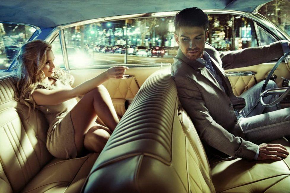 Homme-femme-voiture-amour