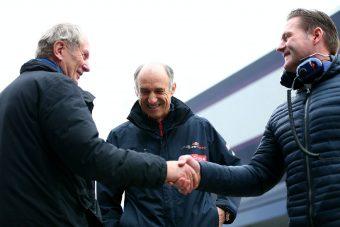F1: Az öreg Verstappen is a Red Bullnak dolgozik
