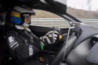Így szalad a legdurvább McLaren a Zöld Pokolban