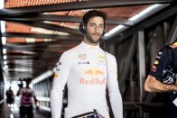F1: Ricciardo kezdi unni a Red Bullt?