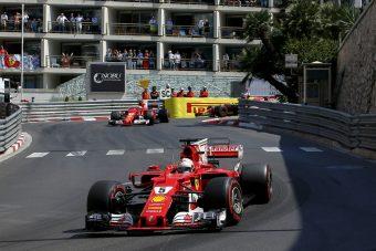 F1: Hamiltonnak világos, mi folyik a Ferrarinál