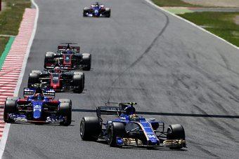 F1: Wehrlein elintézte, már tökutolsó a McLaren