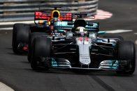 F1: Kiderült, mitől lett rémesen lassú a Mercedes