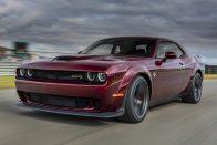 Dodge Challenger SRT Hellcat Widebody: Értelmetlen, de azon belül a legjobb