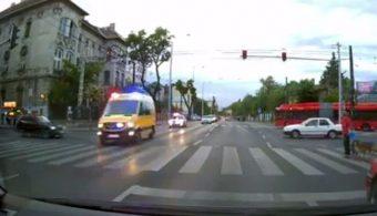 Félelmetesen bamba autóst videóztak Pesten, mit nézett?