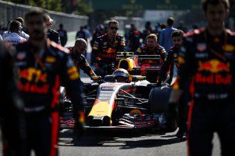 F1: 8 millióba fájt Verstappennek a hallgatás