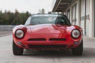 40 év alatt mentett meg egy igazán ritka autót