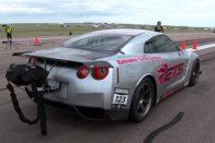 Igazi rakéta ez a Nissan GT-R