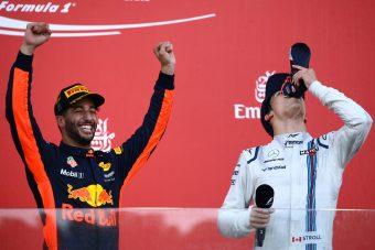 F1: Ricciardo befejezi a cipőből ivást?
