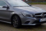 16 ezer autót hív vissza a Mercedes