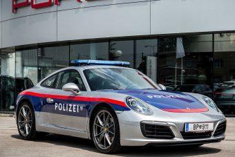 Porschét kaptak az osztrák rendőrök