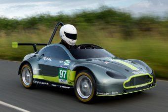 Megújuló ősenergia hajtja az Aston Martin legújabb versenyautóját