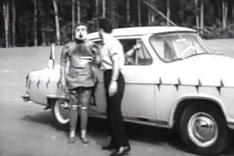 Ezt a fura hangulatú szovjet töréstesztvideót élmény megnézni