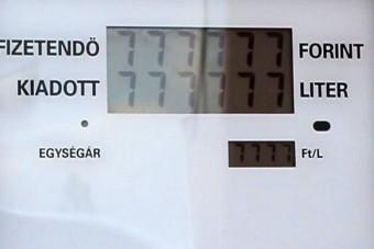 Benzin nem jött, az óra viszont pörgött egy román kúton
