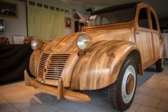 Fából vasparipa