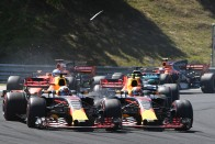 F1: Lehebrencsezték Verstappent