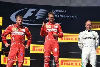 Vettel: Fura érzés az egyenesben balra kormányozni!