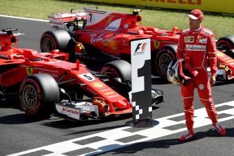 F1: Tarolt a Ferrari, Hamilton várhat a rekordra