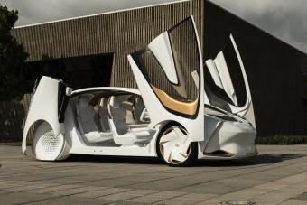 Gyorsan tölthető új villanyautót tervez a Toyota
