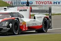 Eltűnnek Le Mansból a legdurvább Porschék