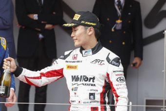 F1: Honda-pilótával tesztel a Sauber