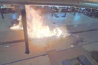 Egy egész autószervizt sikerült felgyújtania a benzint borító takarítónak