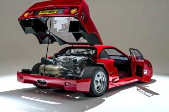 Mindig jó befektetés a Ferrari F40