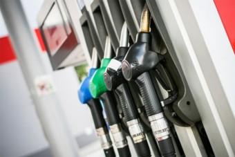 Drágul a gázolaj, olcsóbb lesz a benzin