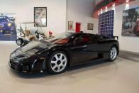 Olyan ritka, csoda, hogy van ez a Bugatti